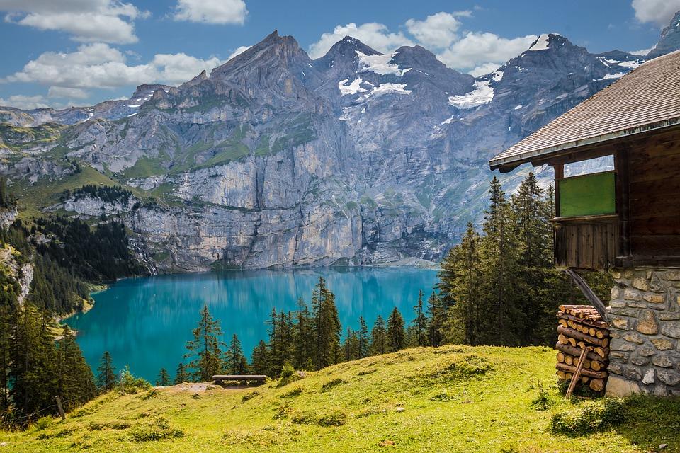 Combien de lacs de montagne autour de front Romeu ?